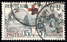 France 1918 Red cross fine used.